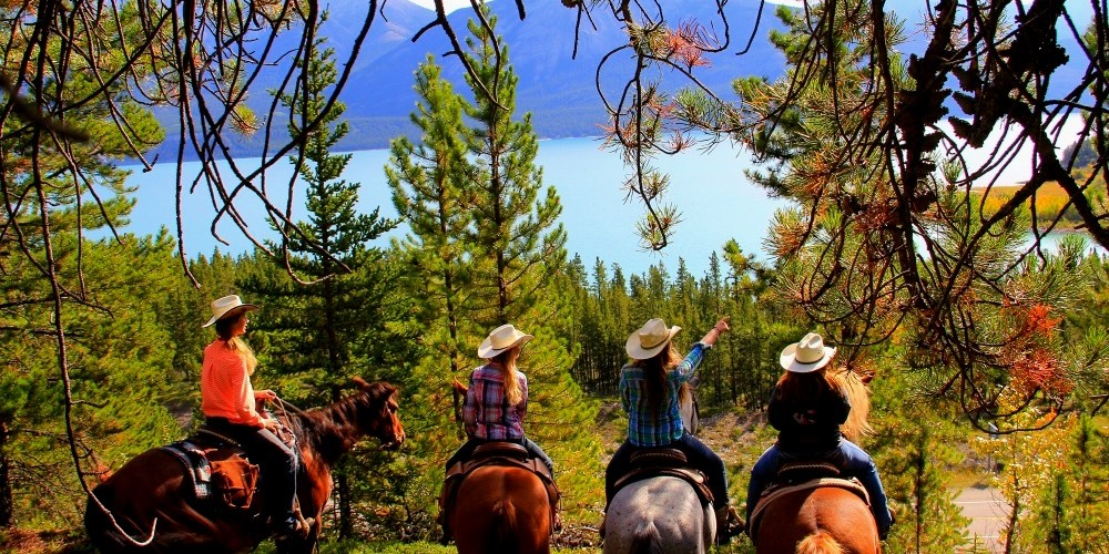 A picture of a trail ride at McKenzie's Trails West